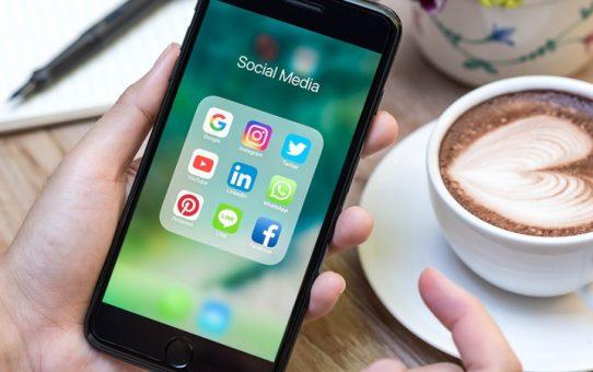 Facebook, Instagram, Pinterest, Youtube, Linkedin. Publier sur les réseaux sociaux... oui mais quand ?